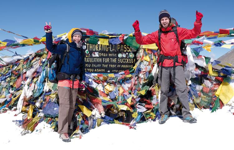 Zwei Augsburger auf einem Nepaler Gebirge
